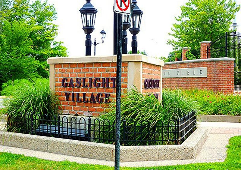 gaslightvillage800x
